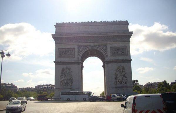 שער הניצחון בפריז – ללא ספק שהוא אחד האתרים המדהימים